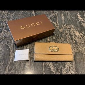 Authentic Gucci Women's Leather Wallet